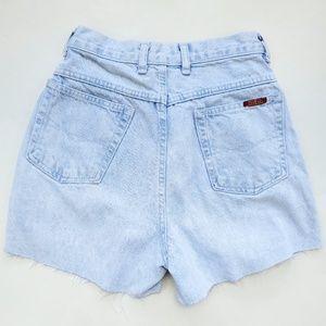 Bonjour Highwaisted Shorts